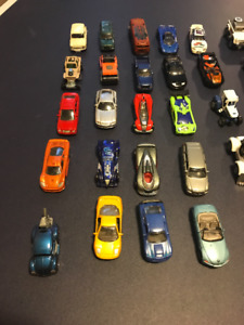 48 Hot Wheels and Case