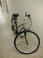 Fuji CrossTown 4.0 bike bicycle (Excellent condition) City of Toronto Toronto (GTA) Preview