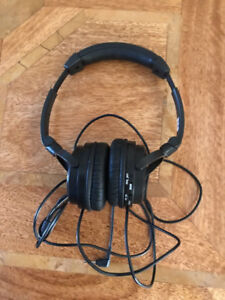 JVC HA-NC80 Noise Cancelling Headphones