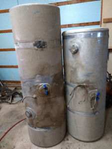 Kenworth fuel tanks 150gal and 120 gal, 200$ each