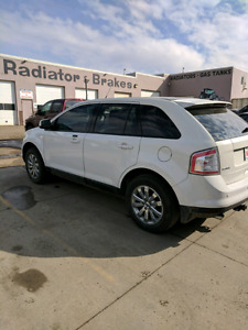 2009 White Ford Edge SEL