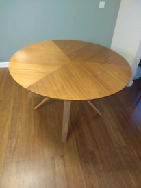 House by John Lewis Radar 6 Seater Round Dining Table, Walnut