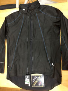 Wind and rain proof Gore-Tex jersey size Large NEW with tags