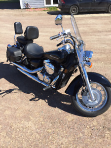2009 Honda Shadow 750 Aero motorcycle with only 5360 km