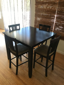 Beautiful Espresso High Table and 4 Chairs