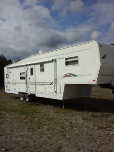 Roulotte Fifth Wheel 35 pi