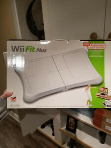 Nintendo Wii Fit Plus Board plus game