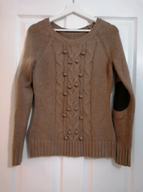 15% wool knitted jumper - size 10