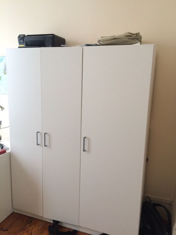 great offer only 25 ikea domb s wardrobe white 3 doors in kensington london gumtree. Black Bedroom Furniture Sets. Home Design Ideas