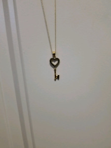 Heart/key shaped Necklace