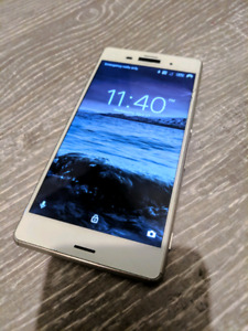 Sony Xperia Z3 (White) FOR PARTS OR REPAIR - Cracked Screen