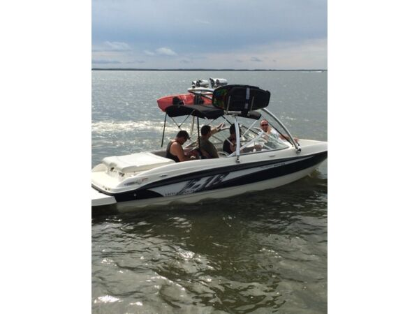 Used 2011 Bayliner flight series 185