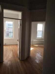 Très grand appartement 5 1/2 avec vue sur la rivières