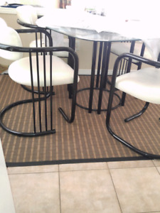 Dining set glass and leather