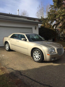 Chrysler 300M LTD. 170,000km. ($7500.00OBO)