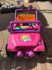 Barbie Jeep - 5 years old, good condition