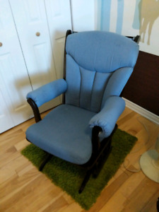 Chaise berçante Dutailier