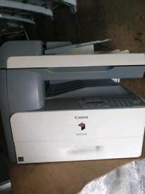 Canon ir1024a photocopier