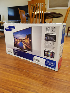 "SAMSUNG 28"" H4000 LED SLIM TV **BRAND NEW**"