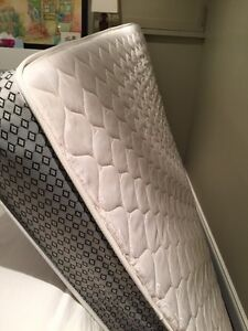 Free double mattress in excellent shape
