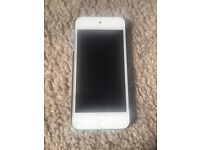 iPod Touch 5th Generation 16GB White and Blue