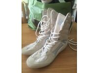 Lonsdale boxer style trainers size 6
