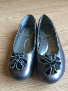 Girls Leather ME TOO shoe Size 3