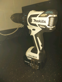 Makita DHP459 18v brushless combi-drill, 3ah battery, charger & case.