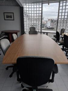 Table de Conférence - Mobilier de Bureau - Chaise Ergonomique