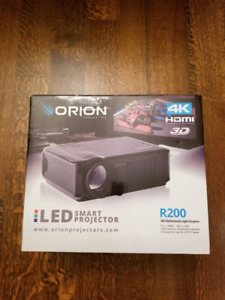 *BRAND NEW * Orion R200 LED Projector+ Orion Smart Screen