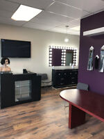 OFFICE ROOMS & STYLING STATIONS FOR RENT IN A BEAUTY SALON