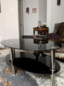 Move out sale!!perfect coffee table ,black color