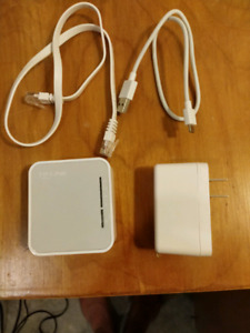 TP Link Portable/Travel Router  Wireless Ac 750 wifi