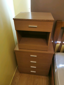Chest of drawers & side drawer