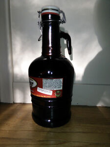 64 ounce Beer Growler