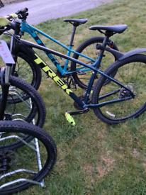 """trek unisex 19""""Frame mountain bike"""
