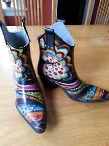 Nomad Yippy Cowboy Rain Boots woman's size 8