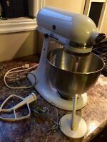 Kitchen Aid Classic Stand mixer 10 speed 250 watts