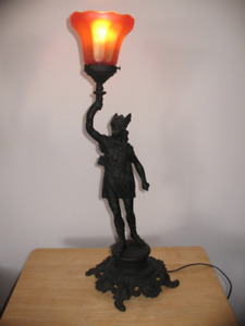 lampe statue  antique