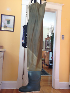 Arrow chest waders