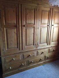 4 door pine wardrobe