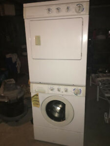 Stacked washer drier Frigidaire only used 5 times!!