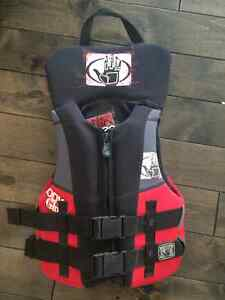 Body Glove Youth life jacket/PFD - red and black
