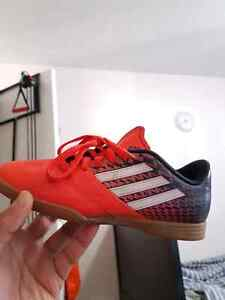 Kids cleats turf and indoor soccer shoes - excellent condition