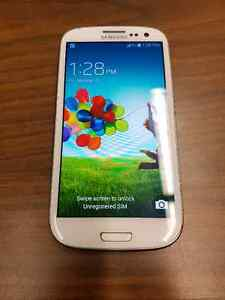 Samsung Galaxy S3 with Otterbox Defender case London Ontario image 1