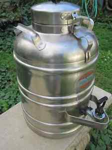 3 Gallon Stainless Steel Thermal Beverage or Water Container Kingston Kingston Area image 3