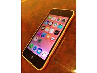 32GB iPhone 5c Unlocked to all Networks Good Condition Can Deliver