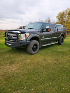 2016 Ford F-350SD Lariat Power Stroke 6.7L V8