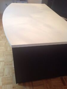 Black and white office desk table drawers 6ft long West Island Greater Montréal image 2