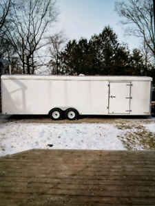 2013 United insulated  car trailer 28 feet